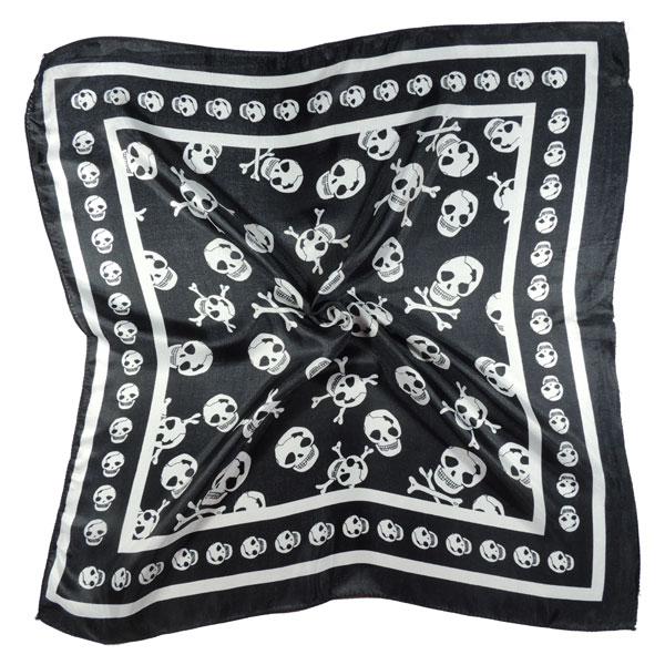 Шейный платок с черепами